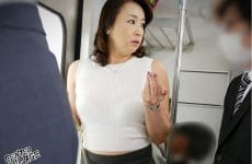 Iro-41 Naughty Stepmom On A Train