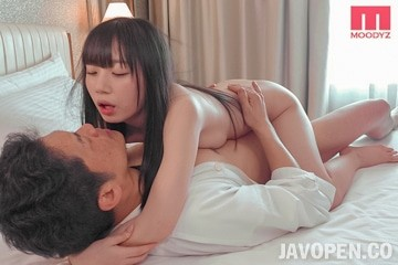Mide-786 I Give In To A S*****t's Temptation And Take Mia