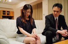 Hzgd-160 A Sensual Wife Who Gets Wet With Just A Kiss