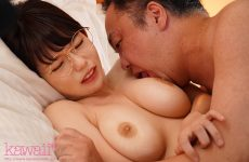 CAWD-172 A shared room with a boss who dislikes rain shelter Zub wet glasses busty girls are charged with unwilling female iki until morning ... First love Nene