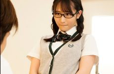 Mide-908 A Childhood Friend Who Is Good At Teasing Appeals