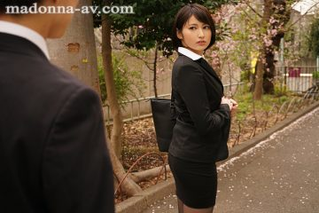 Jul-654 A Female Boss Who Has Longed For A Business Hotel